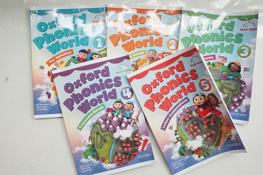 oxford-phonics-world-1-student-book-1
